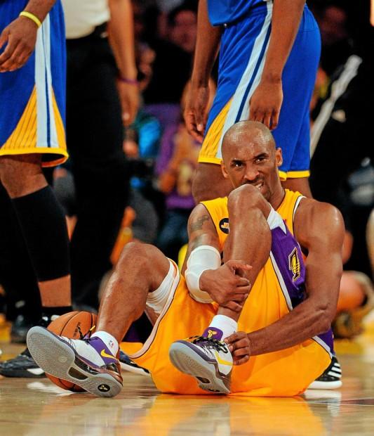 Kobe hurt.jpg