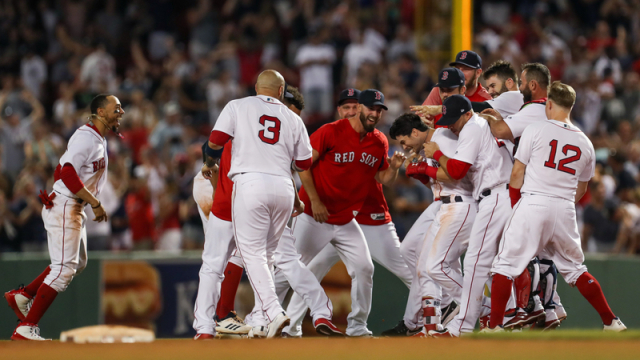 red-sox-walk-off.jpg